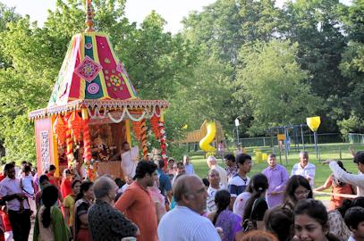 Shri Jagannath Ratha Yatra – July 9, 2016